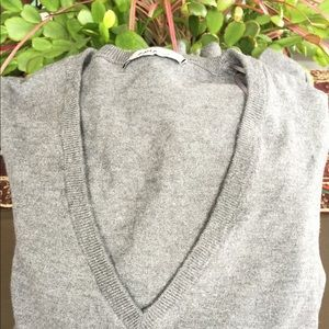 Zara Gray V Neck Flurry Sleeves Sweater Size S